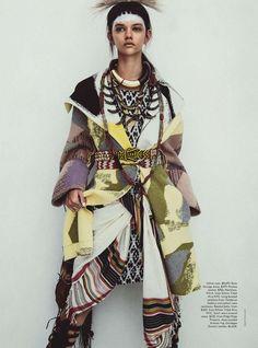 Publication: Vogue Australia April 2014 Model: Marina Nery Photographer: Sebastian Kim Fashion Editor: Katie Mossman Hair: Bok-Hee Make-up: Mariel Barrera Ethnic Fashion, Trendy Fashion, High Fashion, Womens Fashion, Ankara Fashion, Africa Fashion, Foto Fashion, Fashion Moda, Vogue Fashion