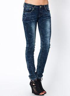 Acid wash skinny jeans on GoJane   #denim #jeans #acidwash