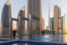 Gevora Hotel is one of the best hotels to stay in Dubai. It is a hotel with 356 meters feet) in tall that makes it the tallest hotel. Hotels In Turkey, Two Bedroom Suites, Baby Pool, Pool Lounge, Dubai Hotel, Modern Restaurant, Beautiful Pools, Cafe Design, Cool Pools