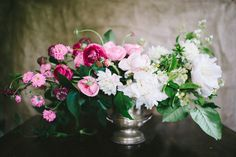 pink + white ombre flower arrangement // photo by Cambria Grace Photography, flower design by Pollen Floral Design // View more: