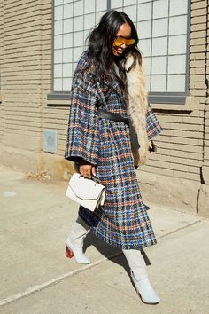 All the Best Looks From New York Fashion Week Source by theeclectique fashion street New Street Style, Autumn Street Style, Street Chic, Street Fashion, Mode Hijab, Mode Inspiration, Fashion Killa, Look Cool, Autumn Winter Fashion