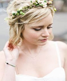 Cozy and Intimate Seattle Wedding - Categorize this duo under soulmates, because their love story reads like a romance novel. Wedding Hair Half, Wedding Hair Colors, Wedding Hair Pieces, Wedding Hair And Makeup, Hair Makeup, Wedding Dresses, Flower Crown Bride, Bride Flowers, Flowers In Hair