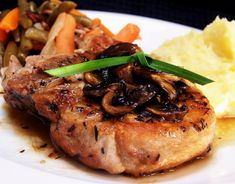 Pan-Grilled Pork Chops - tasty, but a bit too dry, prefer a marinade