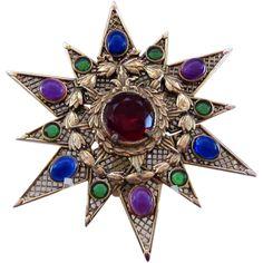 Beautiful, Large Star Brooch - Hattie Carnegie