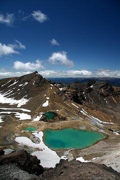 Emerald Lakes, Tongariro, New Zealand - this weeks Travel Pinspiration