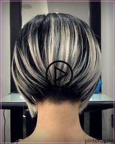 Hair Beauty - shortbobhairstyles-Short Haircuts For Women - Metuyi.Com/Ha Kapselideeen - Hair Beauty - maallure braidedhairstyles shortbobhairstyles Girls Short Haircuts, Short Hairstyles For Women, Straight Hairstyles, Short Hair With Layers, Short Hair Cuts For Women, Short Hair Styles, Balyage Long Hair, V Hair, Grey Hair Wig