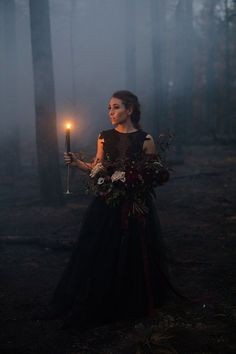 Wedding Themes Goth wedding inspiration - This Halloween-themed spooky inspiration shoot was set in Payson, Arizona, were a fire had burned down the forest. Set in-between the trees, they staged a romantic Halloween ballet. There were hors… Halloween Tags, Theme Halloween, Halloween Photos, Halloween Weddings, Halloween Photo Shoots, Halloween Wedding Dresses, Halloween 2019, Halloween Decorations, Halloween Costumes