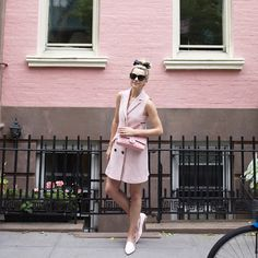 Pantone's 2016 Color: 35 Chic Ways To Rock Rose Quartz In Your Outfits - Styleoholic Fashion Sites, Fashion Show, Fashion Bloggers, Atlantic Pacific, Fru Fru, 2016 Fashion Trends, Kinds Of Clothes, Spring Outfits, Summer Outfit