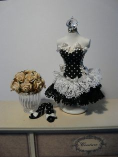 Black and white corset and ruffles Doll Clothing by Graffialuna Crochet Barbie Patterns, Minis, Dress Form Mannequin, Dress Card, Paper Dresses, Mini Dresses, Fairy Dress, Dress Tutorials, Doll Costume