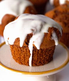 Gingerbread-Muffins Recipe - RecipeChart.com #Breakfast #Christmas #Dessert #Festive #Holidays