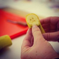A simple way to preparing a banana for peeling giving the child an opportunity to develop fine motor skills and independence. Video link in profileNurture Your Child's Full Potential.    #children #toddlers #montessorihome #montessoriconsultant #independence #simplicity #naturalmaterial #montessori #montessorichild #montessoriparent #cooking #childrencooking #banana