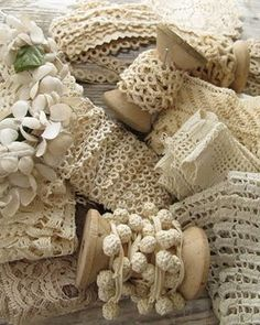 antique lace - try making crochet trims and wrap around bobbins Little Mercerie, Shabby Style, Passementerie, Pearl And Lace, Linens And Lace, Lace Ribbon, Antique Lace, Sewing Notions, Vintage Love
