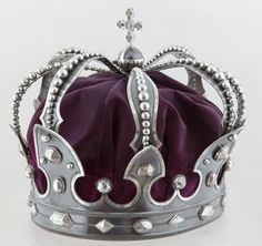 Iron crown forged from a captured cannon – Laurel Wreath İdeas. Royal Crowns, Crown Royal, Royal Jewels, Tiaras And Crowns, Crown Jewels, Crown Aesthetic, Kings Crown, Laurel Wreath, Circlet