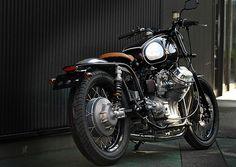 2012 Moto Guzzi V7 by Ritmo Sereno #motorcycles #bratstyle #motos | caferacerpasion.com