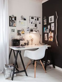 Like the black/white contrasting walls