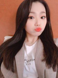 Kang Mi Na (강미나) South Korean Girls, Korean Girl Groups, Miss U So Much, Just Good Friends, Kim Tae Hee, Jellyfish Entertainment, Red Velvet Irene, Asia Girl, Kpop Girls