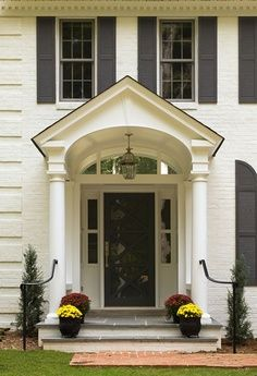 Best off white exterior paint colors white house gray shutters design ideas pictures remodel and decor popular white exterior paint colors White Exterior Paint, Exterior Paint Colors For House, Paint Colors For Home, Exterior Colors, Colonial Exterior, Exterior Design, House With Porch, House Front, Portico Entry
