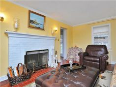 Living Room  825 Kinderkamack Rd. Oradell, NJ  $384,900 www.HalleyNatkin.com