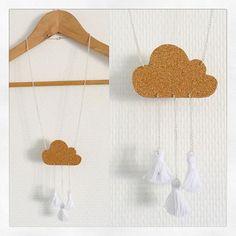{DIY & Jewelry } Mon petit test DIY de ce matin : un collier nuage et pompons   Je vais tester avec du plexi découpé en forme de gouttes de pluie !  #hello #new #first #test #diy #necklace #cloud #nuage #tassel #pompon #white #blanc #liege #curb #chaine #silver #cute #handmade #faitmain #creation #inspiration #happy #doityourself #jewelry #bijou #creativeleisure #materials #noz #ebay by bullesdecitron