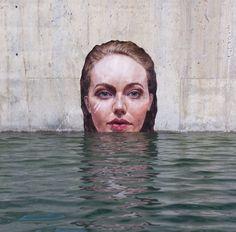 O artista havaiano Sean Yoro, conhecido como Hula, pinta retratos hiper-realistas em lugares super inusitados. Ele, que também é surfista, usa seu sup (stand up paddle) para encontrar imensos murais de concreto inexplorados. Logo acima da superfície,...