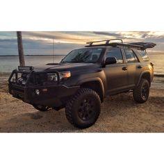 Toyota 4Runner Matte Black