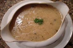 Turkey Pan Gravy. Photo by Cookgirl