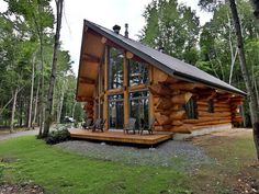 The Bazinet log house is a beautifully crafted log house design that shows you don't have to build a luxury cabin building to get the wood cabin of your dreams. How To Build A Log Cabin, Small Log Cabin Plans, Log Cabin Designs, Log Cabin Homes, Log Cabins, Mountain Cabins, Log Home Decorating, Luxury Cabin, Cabin In The Woods