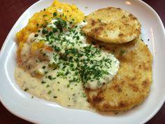 Sellerieschnitzel mit Kürbis-Kartoffelstampf und Zitronen-Schnittlauchsoße