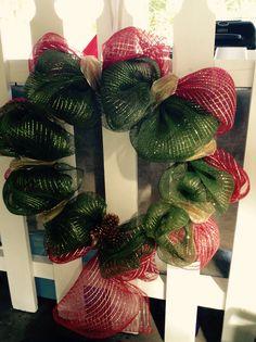 Red n green mesh wreath