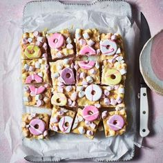 Our nostalgic Party Ring rocky road is an easy no-bake recipe made with white chocolate marshmallows and Rich Tea biscuits Tray Bake Recipes, Easy Baking Recipes, Dessert Recipes, Cooking Recipes, Baking Ideas, Lunch Recipes, Delicious Magazine Recipes, Rich Tea Biscuits, Sainsburys Recipes