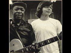 """JOHN LEE HOOKER  & ALAN """"BLIND OWL"""" WILSON - DRIFTIN' - 1970 - YouTube"""