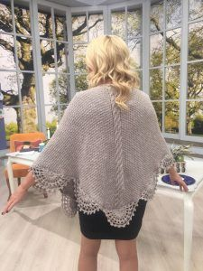 Örgü Şal Yapılışı Anlatımlı – elisiorgudukkani.com Crochet Poncho, Chrochet, Baby Knitting Patterns, Beautiful Crochet, Crochet Designs, Asos, Cover Up, Clothes, Dresses