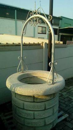 Pozzo in cemento 5anelli piu ghiera smontabili, misure circa 110 diametro altezza alla ghiera 84 cm ,€ 150
