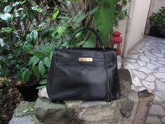 "Sac ""Kelly"" Hermès Paris #encheres #mode #luxe #hermes #kelly #sacamain #lacparis"