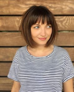 43 Best Short Hairstyles with Bangs in 2019 Cute Short Haircuts With Bangs Source by mizzzti Short Layered Bob Haircuts, Short Haircuts With Bangs, Asymmetrical Bob Haircuts, Bob Haircut With Bangs, Bob Haircuts For Women, Short Hair Cuts, Short Hair Styles, Short Bob Bangs, Fringe Bob Haircut