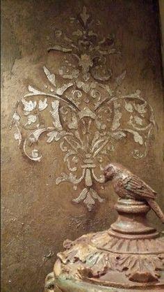 Close up. Raised silver leaf Royal Design Studio stencils on Modern Master's glazed Warm Silver. Work by Tiffany Alexander of Blank Canvas Design Studio. Faux Painting, Stencil Painting, Canvas Designs, Stencil Designs, Home Bild, Stencils, Damask Stencil, Silver Metallic Paint, Silver Work