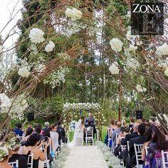 ¿Lo imaginas? ¡lo tienes! Somos #ZonaELlanogrande Llama al 3106158616 / 3206750352 / 3106159806 y reserva desde ya, atendemos todos los días de la semana y fines de semana incluido festivos. #zonae #casabali #ZonaELlangrande #boda #BodasAlAireLibre #BodasCampestres #Eventos #weddingplaner #weddingplanning #weddingtips #boda #wedding #timetoparty #celebration #weddingreception #weddingparty #destinationwedding #bodascolombia #bodasmedellin #tuboda #yourstyle