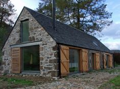 barn house pictures amazing old barns turned into beautiful homes modern barn barn and unique modern barn house pictures Metal Building Homes, Building A House, Modern Barn, Modern Farmhouse, Farmhouse Homes, Barn House Conversion, Barn Conversions, Barn Conversion Exterior, Barn Renovation