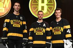Chara, Bruins Reveal Throwback Winter Classic Jersey - Boston Bruins - Blog