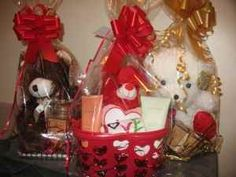 8 Best Valentine Day Baskets Women Images Christmas Presents