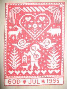 Swedish Christmas, Christmas Cross, Christmas Elf, Cross Stitch Embroidery, Cross Stitch Patterns, Scandinavian Embroidery, Cross Love, Christmas Graphics, Christmas Embroidery