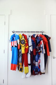 IKEA toy storage hacks for the bedroom. A dress up area with the GRUNDTAL via Small Fry Blog