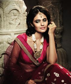 Enhance your beauty with TBZ-The Original's Temple jewellery!