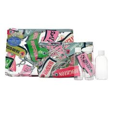 This set of two different sized clear wash bags in our bright luggage tags print is perfect for travelling. It also contains three clear bottles so you can take your favourite toiletries without using up precious luggage allowance!