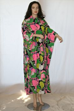 Vintage 1960's Evelyn Pearson Lounging Apparel by StudioSisu