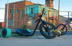 Welcome to Flatout Drift Trikes - USA's precision built drift trikes! We provide hand-built downhill drift trikes from entry level to fully upgraded competition trikes.