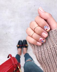 you should stay updated with latest nail art designs nail colors acrylic nails Print No Instagram, Cute Nails, Pretty Nails, Hair And Nails, My Nails, Nail Polish, New Nail Designs, Manicure Y Pedicure, Stiletto Nails