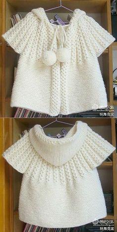 Жилетик с капюшоном спицами. | Деткам | Постила Girls Sweaters, Baby Sweaters, Baby Coat, Baby Patterns, Baby Knitting Patterns, Crochet Patterns, Crochet Baby Cardigan, Knit Cardigan, Sweater Coats