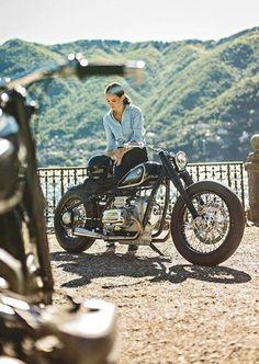 /// - Vespa & more - - auto - Cafe Racer Style, Cafe Racer Girl, Bmw Cafe Racer, Cafe Racer Helmet, Blitz Motorcycles, Vintage Motorcycles, Harley Davidson, Lady Biker, Biker Girl