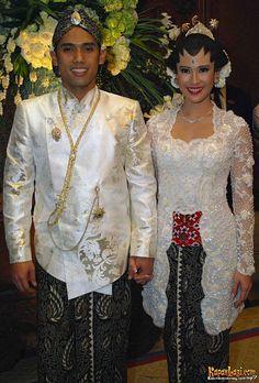 java's Kebaya Wedding...  Love it.. :*